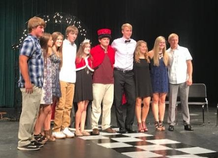 2017 Homecoming King and Queen with the Homecoming Court